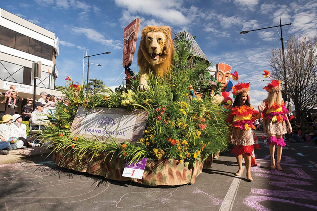 parade and float